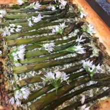 Wild garlic and asparagus tart